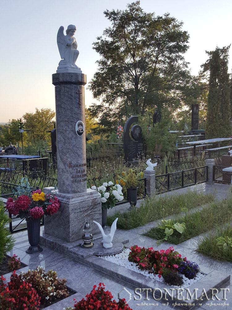 Гранитный памятник с мраморным ангелом №16