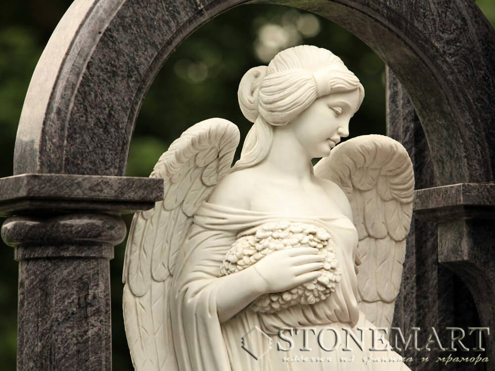 16. Скульптура ангела