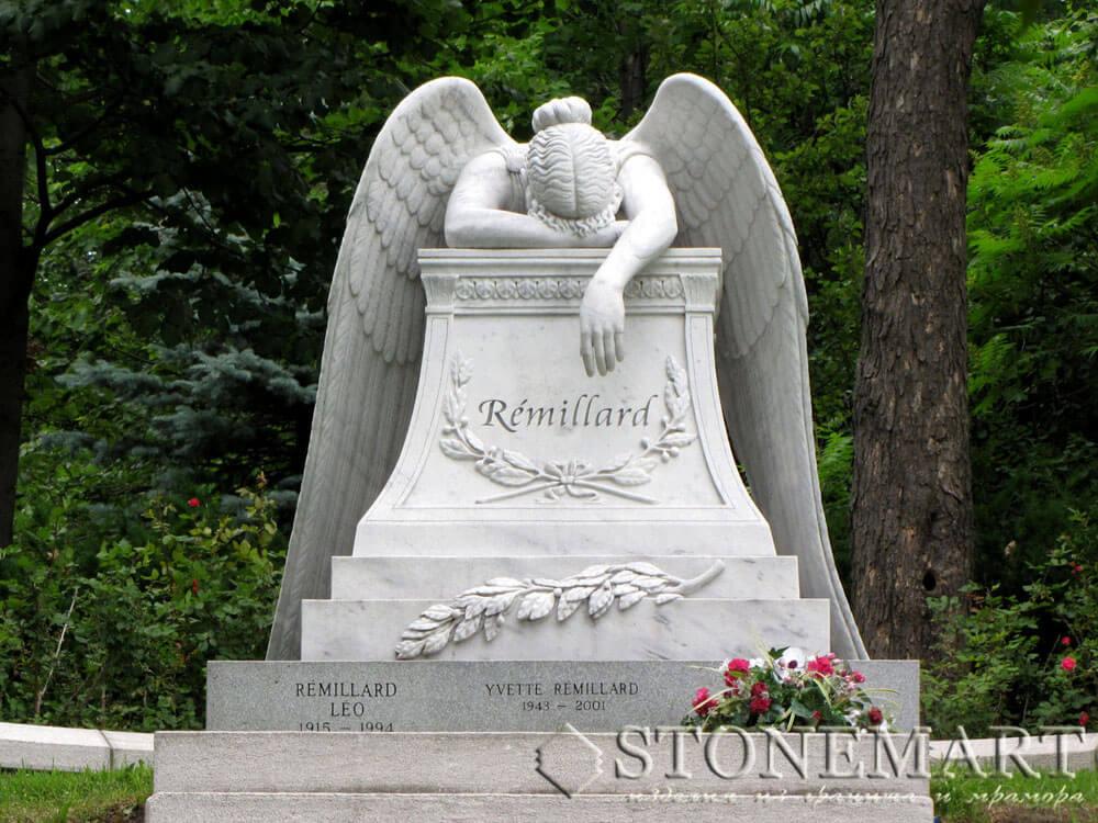 17. Скульптура: Ангел скорби