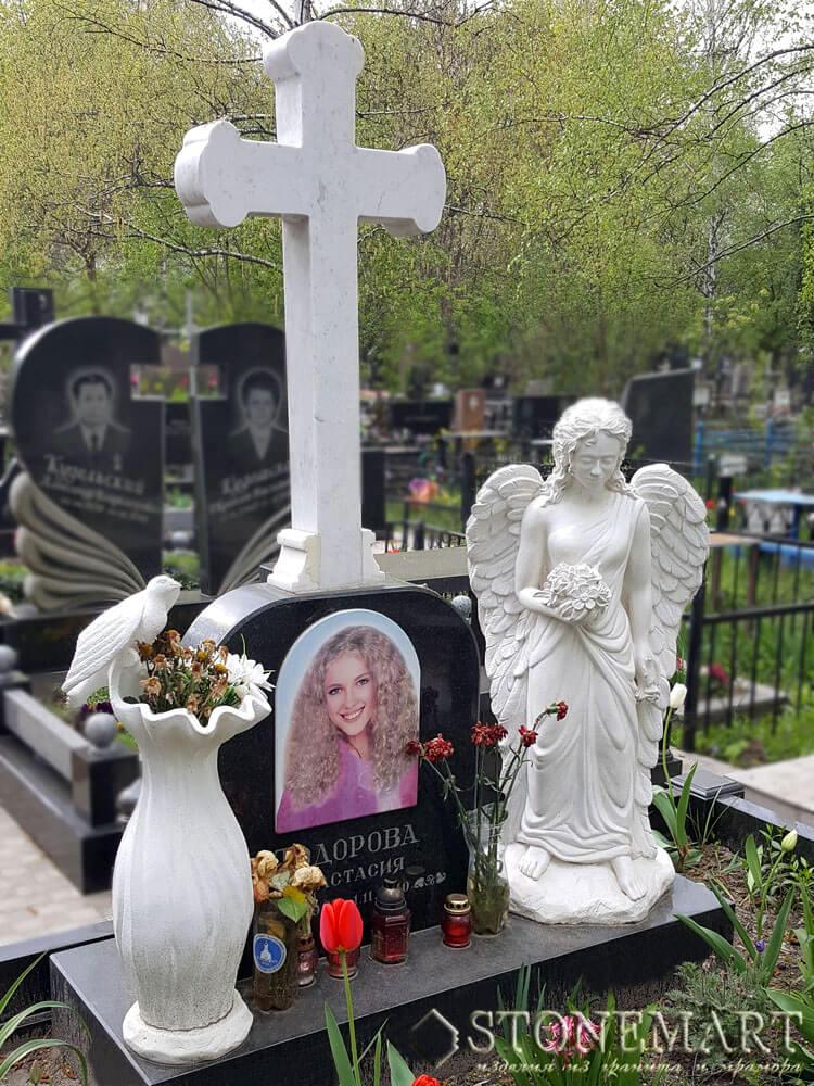 Памятник из мрамора №64