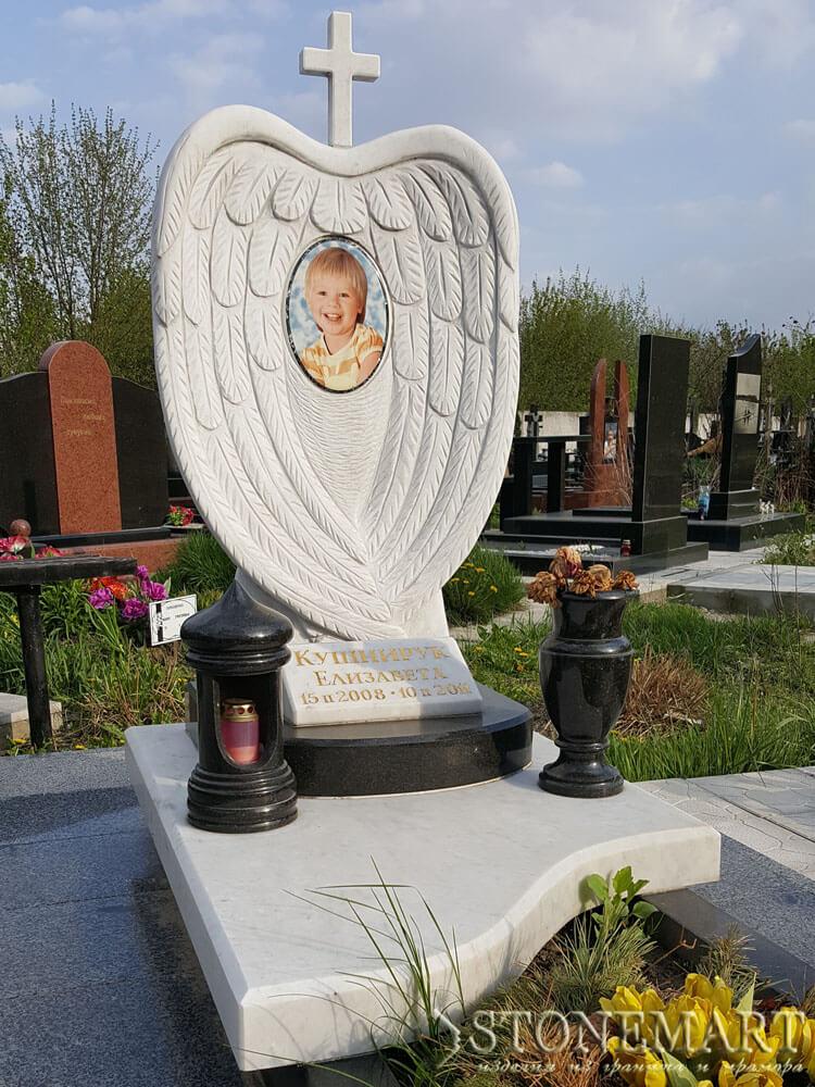 Памятник из мрамора №46