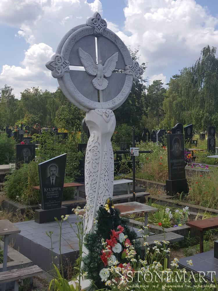Памятник из мрамора №45