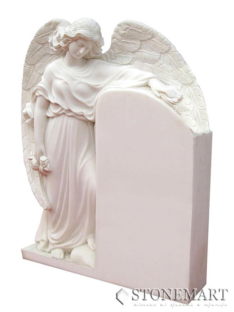 51. Скульптура ангела