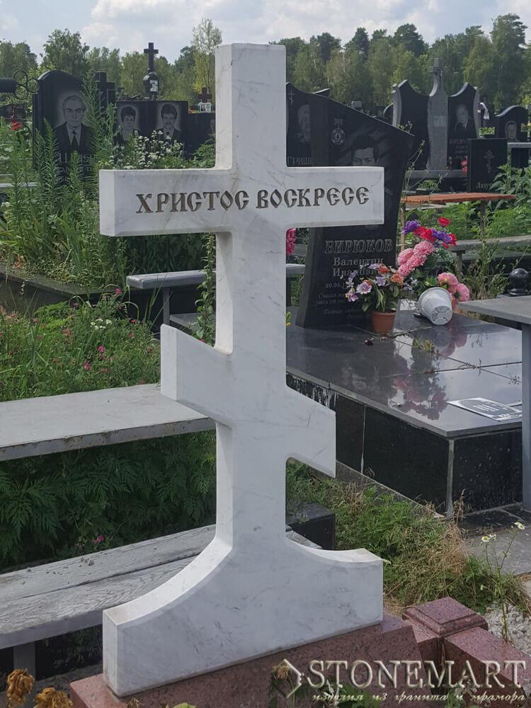 Памятник из мрамора №53