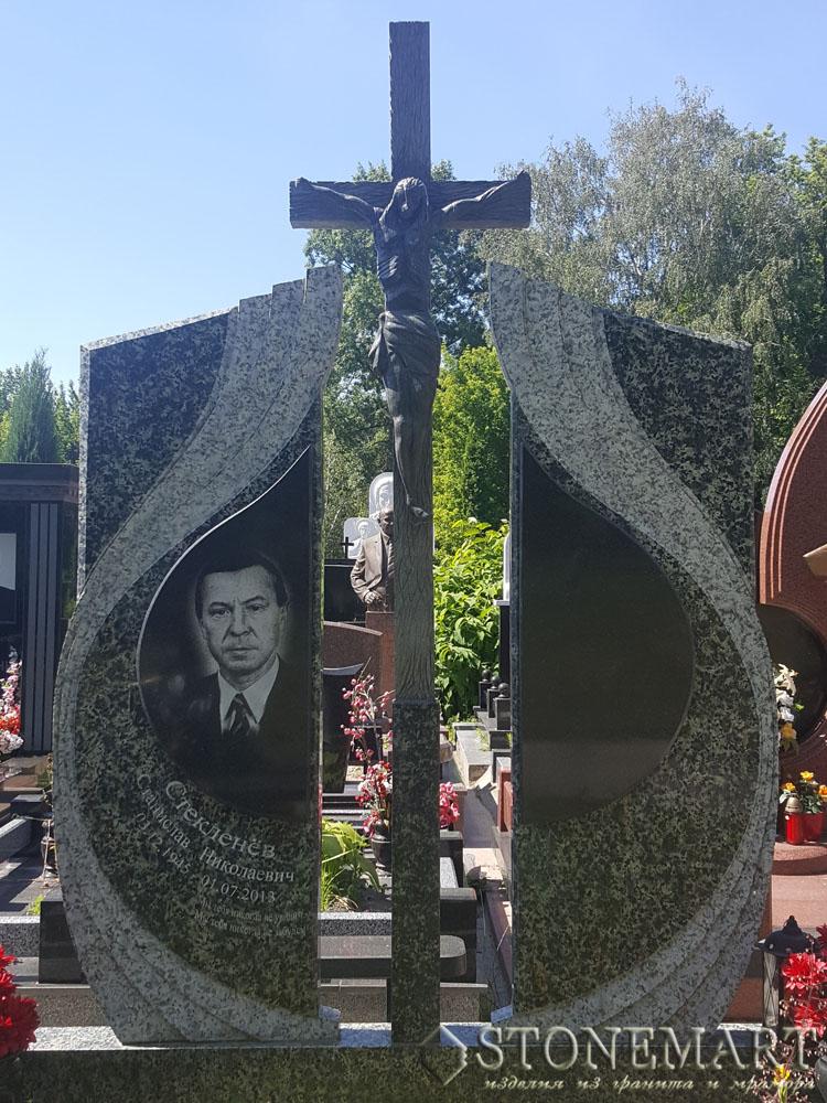 Памятники с крестом №62