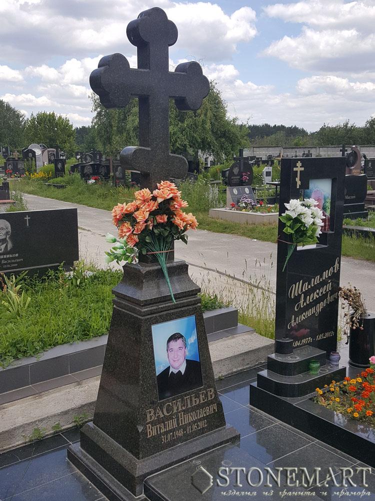 Памятник-крест №106