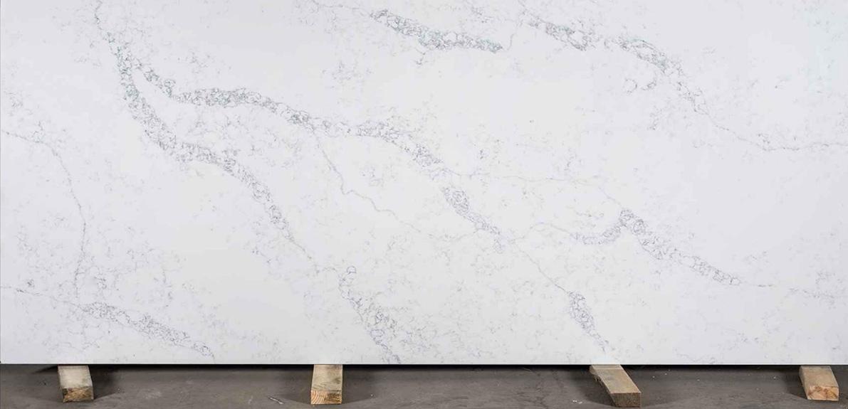 Камень: кварцит. Производитель: Avant. Декор: 9100 Статуарио Лилль. Кварцевый камень идеально подходит для изготовления столешниц, подоконников, лестниц и ступеней, а также других изделий интерьера