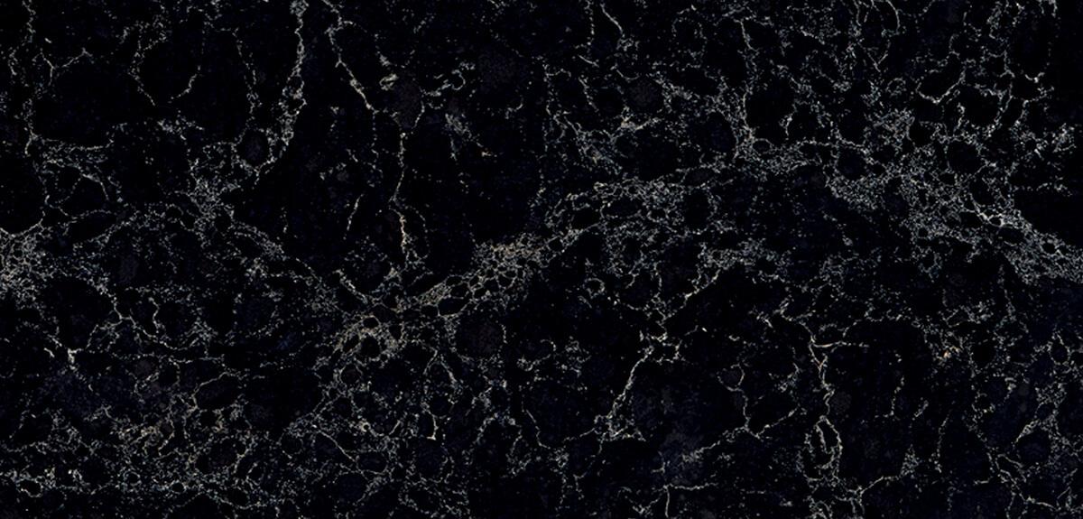 Vanilla Noir™ 5100 Классический черный декор с белыми прожилками.